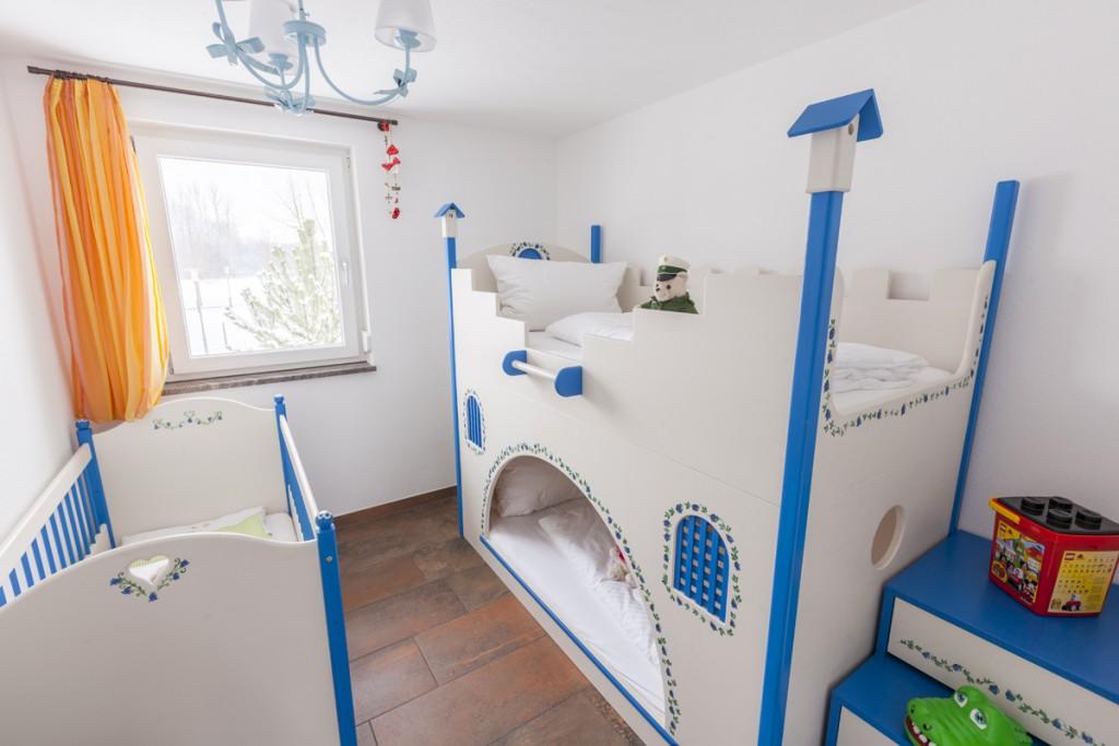 Etagenbett Mit Gitterbett : Kombi bett schreib schlaf etagenbett schreibtisch