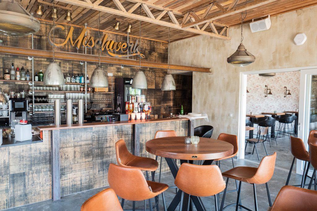 mischwerk-bar-cocktails-hofgut-tiergarten-aulendorf-1-1024x683