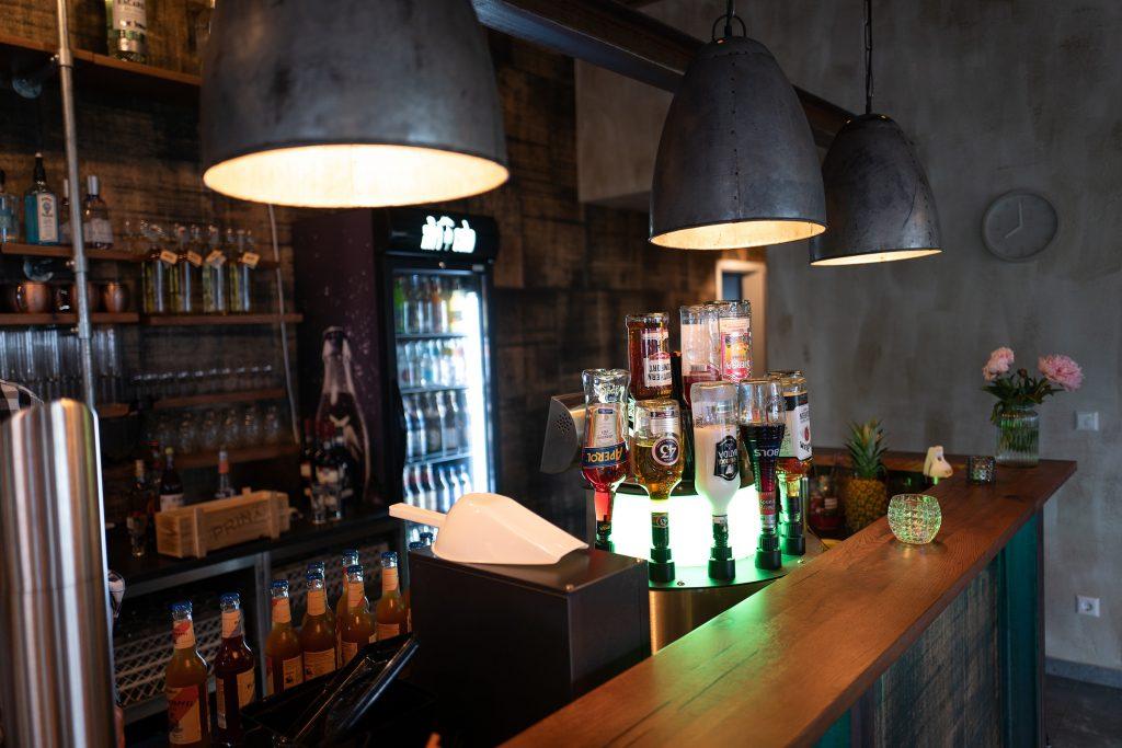 mischwerk-bar-cocktails-hofgut-tiergarten-aulendorf-10-1024x683