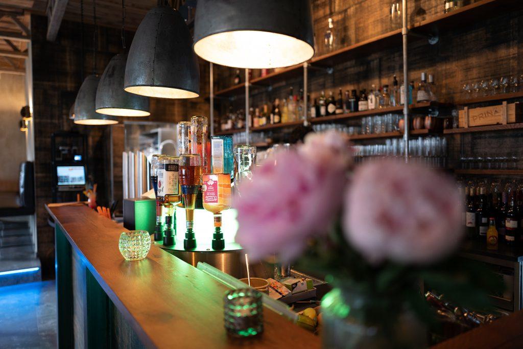 mischwerk-bar-cocktails-hofgut-tiergarten-aulendorf-19-1024x683